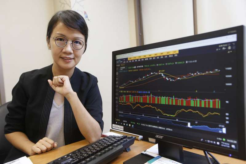 看盡股市環境起落,李秀利對台股的解盤能力一直有好口碑。(郭晉瑋攝)