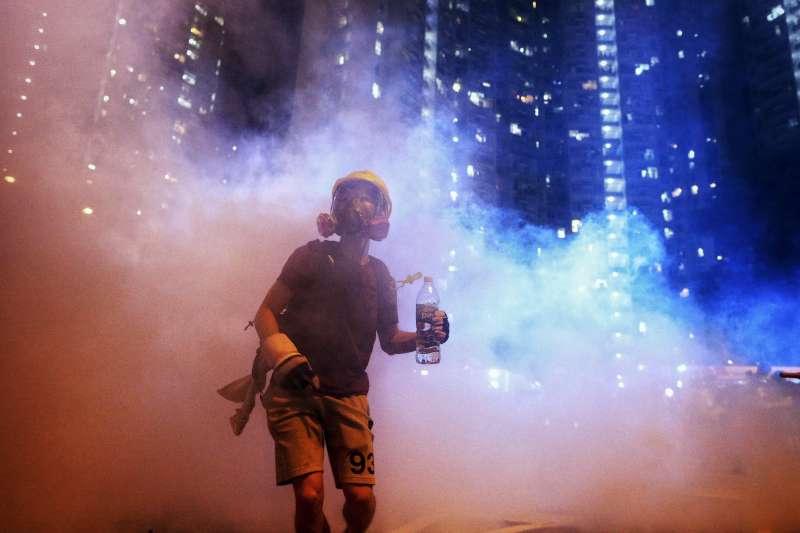 2019年8月3日,香港反送中示威,旺角、黃大仙爆發警民衝突(美聯社)
