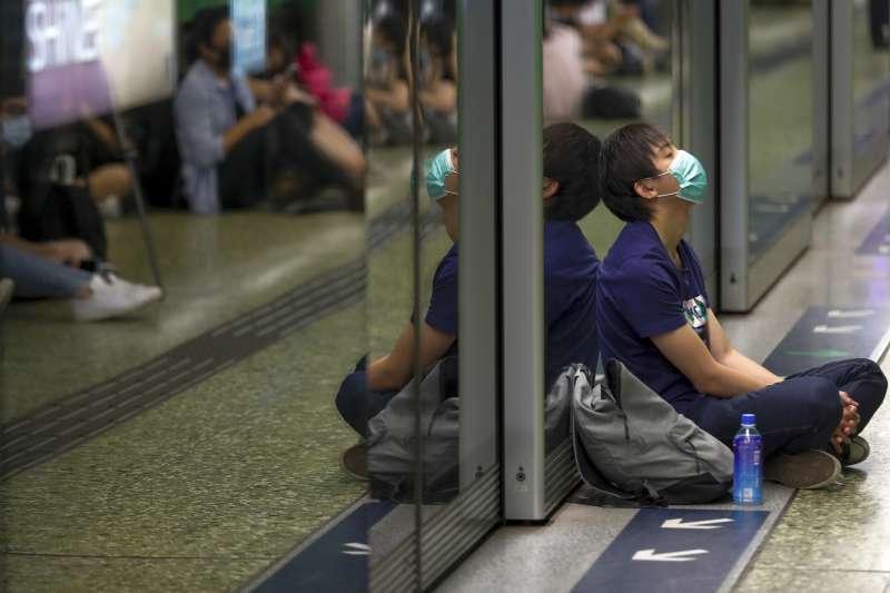 2019年8月5日,香港民眾發起「三罷」及不合作運動,港鐵多個路段被迫停駛。(AP)
