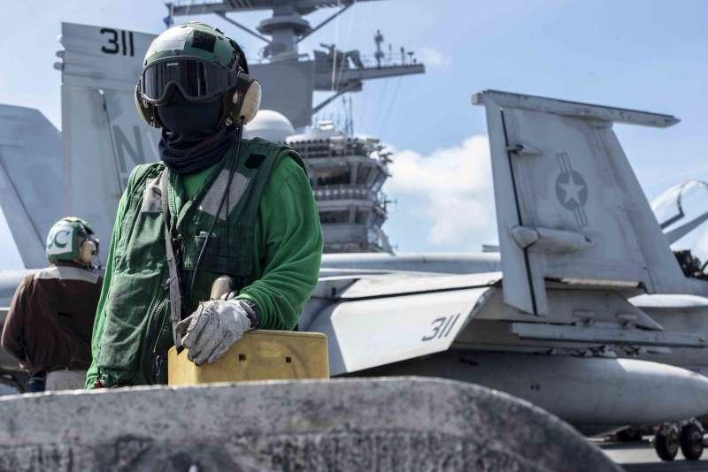美軍航空母艦雷根號在南海巡弋。(美國海軍官網)