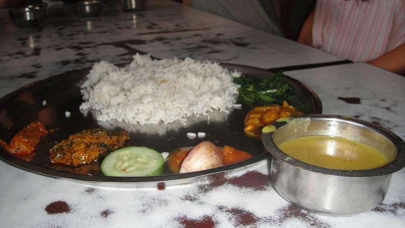 尼泊爾每餐都有好吃的咖哩。(圖/謝幸吟提供)