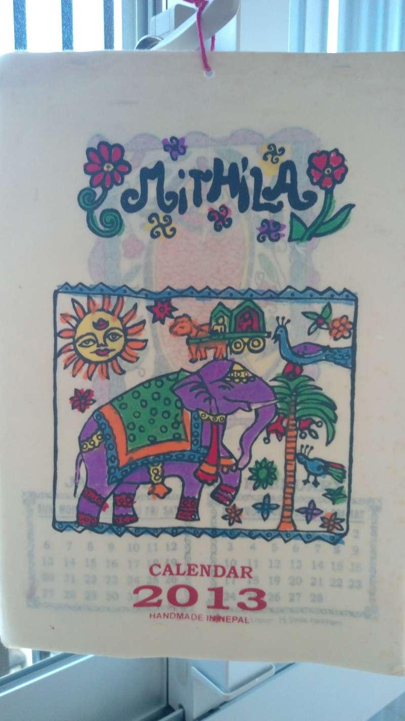尼泊爾,繽紛可愛的年曆。(圖/謝幸吟提供)