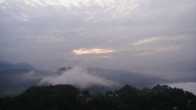 尼泊爾魚尾峰日出。(圖/謝幸吟提供)