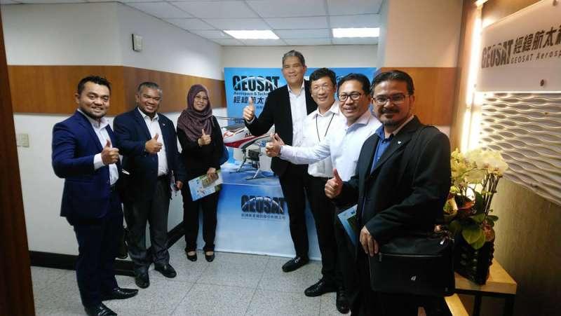 經緯航太搶進馬來西亞棕櫚市場,更積極布局其他東南亞國家。(翻攝自羅正方臉書)