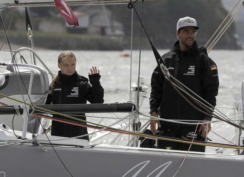 瑪麗齊亞二號的船長赫曼(右)與桑伯格(美聯社)