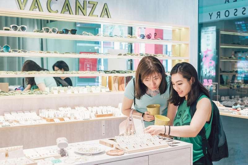 VACANZA積極拓展各城市的實體店,提供更完整的服務(圖/VACANZA 提供)