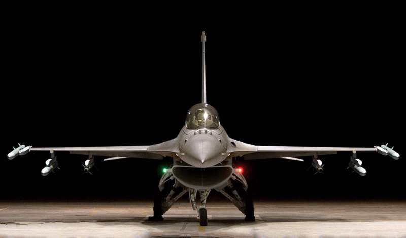 F-16V屬具極大威嚇作用的攻勢機種,有助改善兩岸戰力比失衡現象。(翻攝自Lockheed Martin官網)