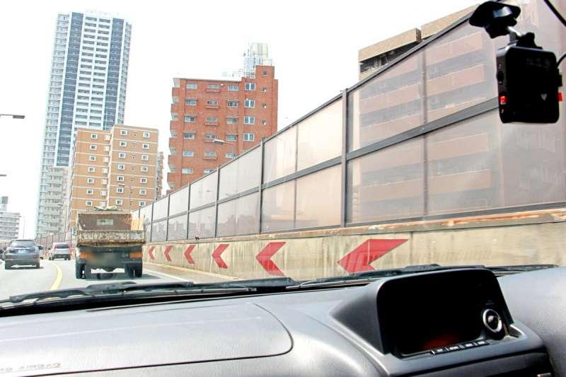 駕駛人要保護自己的最基本裝備就是行車紀錄器了。(圖/作者提供)