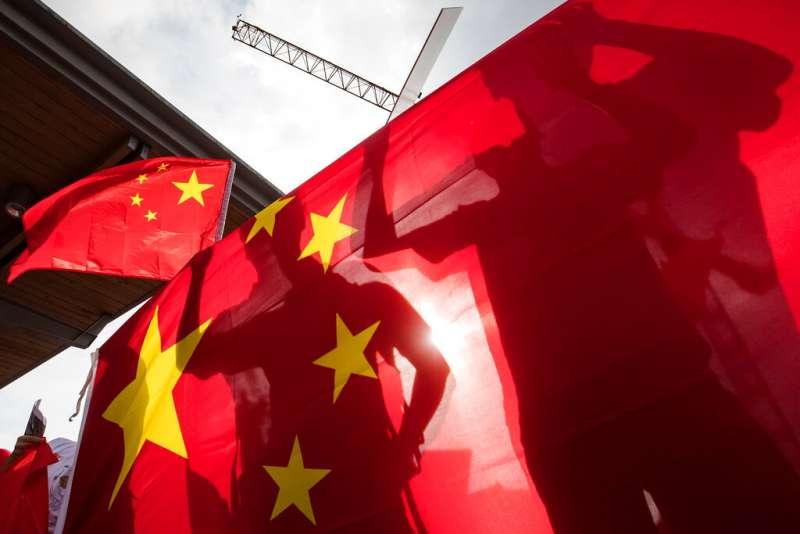 中國國旗、五星旗。(美聯社)