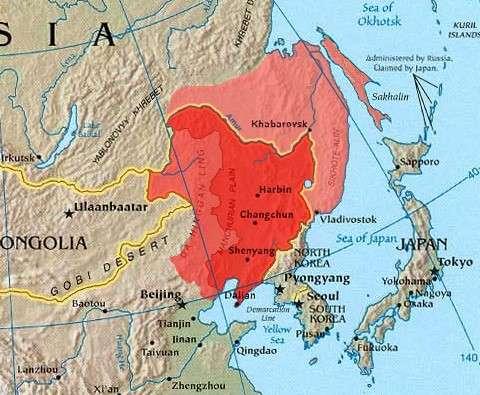淡紅處即為被俄併吞之地,為黑龍江(阿莫爾河)以北與烏蘇里江以東,包含庫頁島。(取自維基百科)