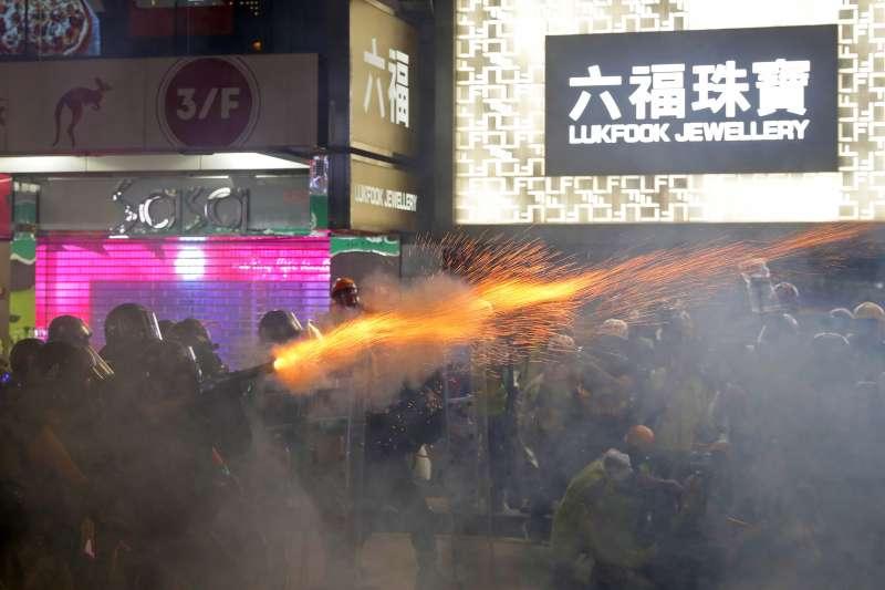 2019年8月31日,香港反送中示威,警方強力震壓(AP)
