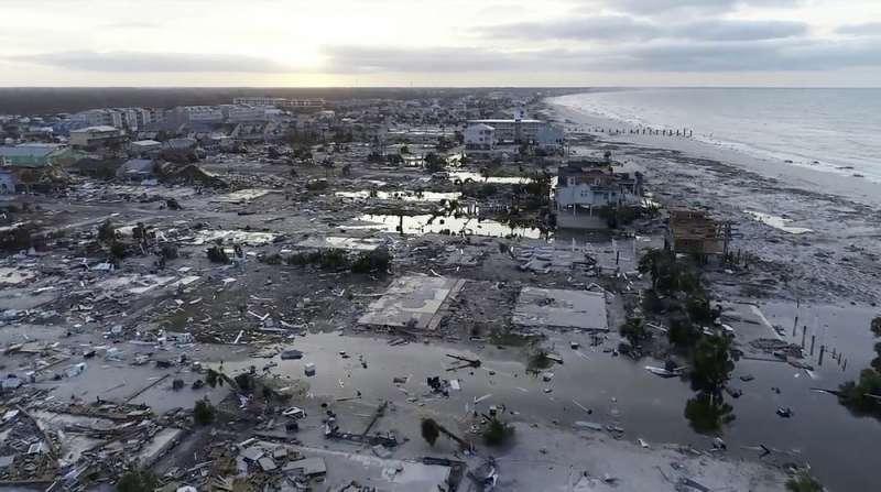 颶風麥可去年侵襲佛州西北部,造成重大傷亡及經濟損失。(美聯社)