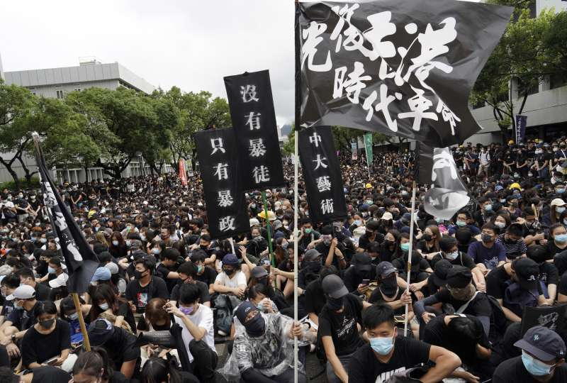 陳秋實:面對香港此次「反送中」運動,大陸人經常會想什麼事情都是錢的問題,都是經濟性的問題。