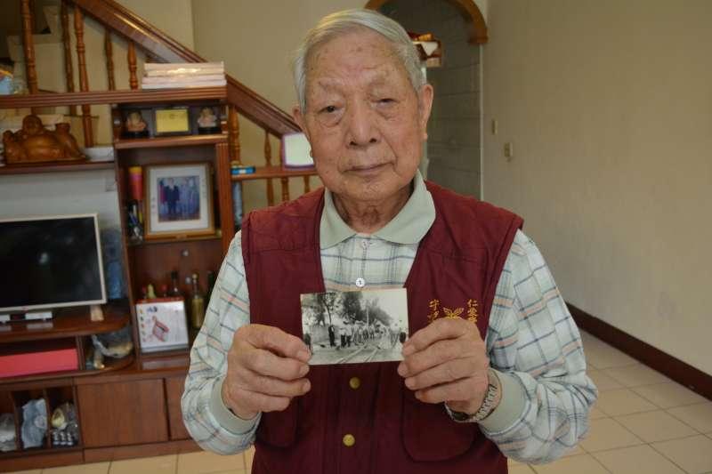 晚年定居南投縣,曾參加中橫公路建設的李憲林老英雄,是南陽保衛戰的親身經歷者。(何永道提供)