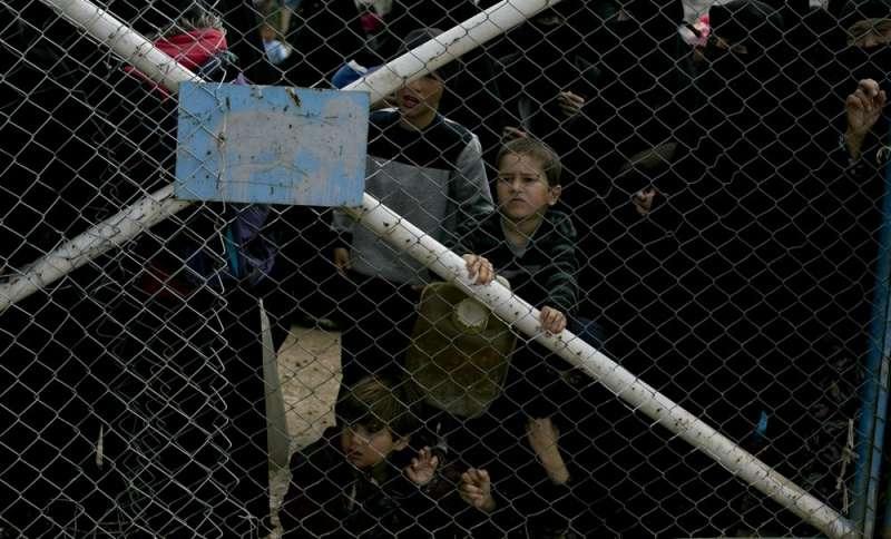 超過萬名伊斯蘭國聖戰士的妻兒居住在敘利亞哈爾難民營。(AP)