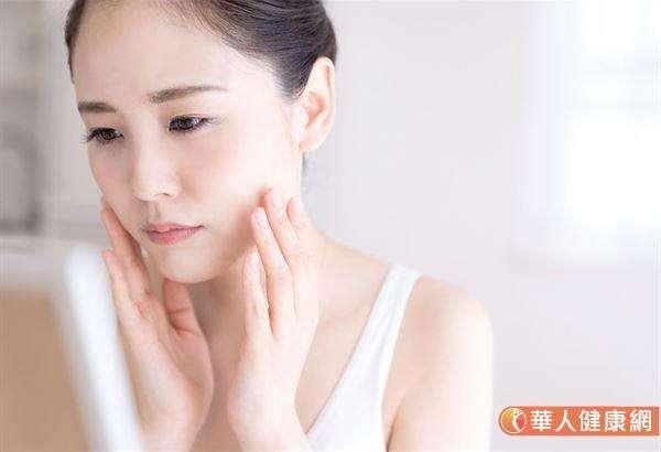 異位性皮膚炎必須具備2大條件才會發生:會過敏與皮膚屏障脆弱。(圖/華人健康網提供)