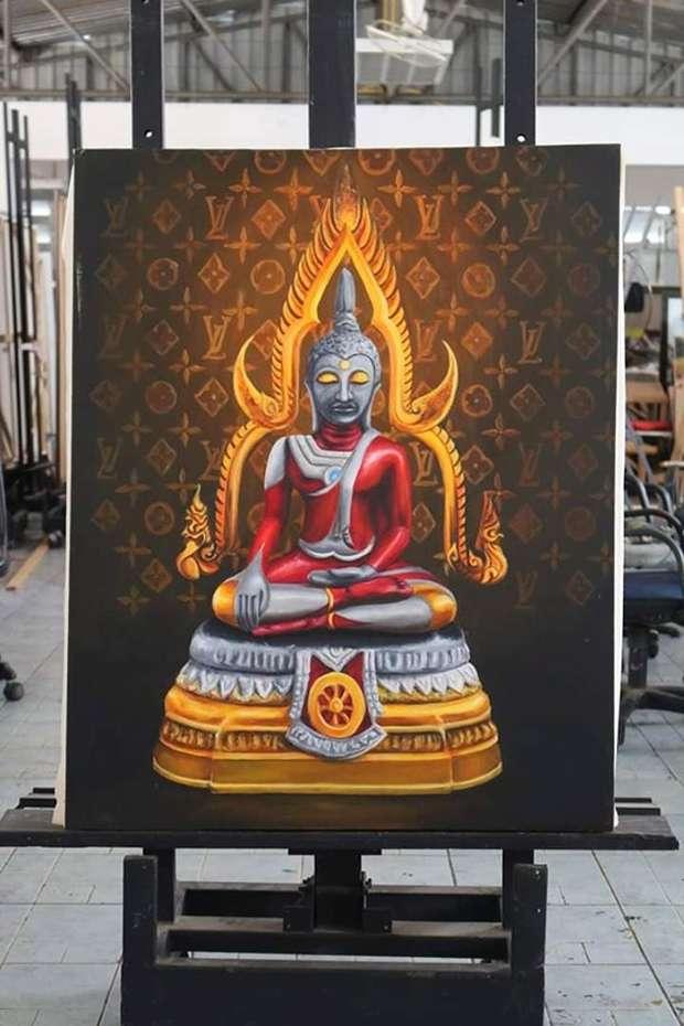 女學生認為佛祖是超級英雄,可以在進入冥想後保持平靜,並保護人類免於邪惡的侵犯且讓世界維持和平,就跟鹹蛋超人一樣是英雄。(圖/Prasit Tangprasert)