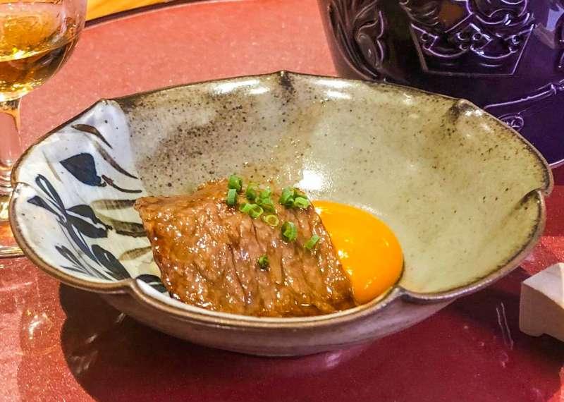 和牛一品:和牛、竹東土雞蛋、新瀉越光米。(圖/Howard攝)