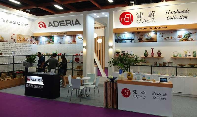 「ADERIA津輕」是益泰玻璃代理的品牌之一,產品具日式細緻美感,獲得眾多連鎖餐飲集團青睞(圖/益泰玻璃 提供)