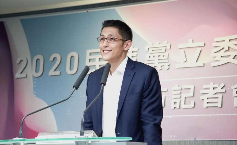 民進黨正式提名吳怡農,挑戰尋求連任的國民黨立委蔣萬安。(翻攝自吳怡農臉書)