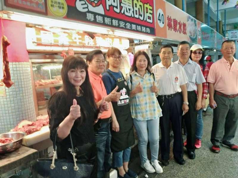 屏東市北區市場已有多家業者進行改善溫控設施,建立國產生鮮豬肉現代化溫控供應鏈。(圖/屏東縣政府提供)