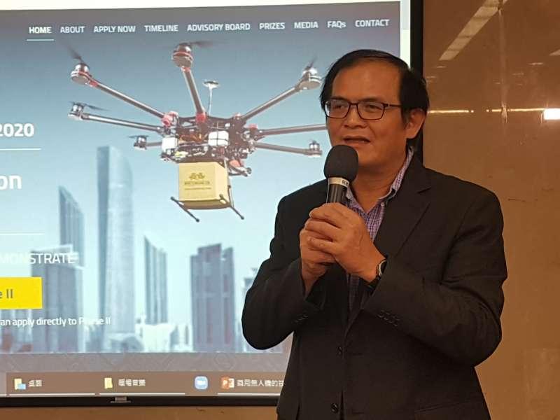 機械所所長胡竹生說,工研院高負載高續航無人機入圍杜拜國際無人機競賽,意義非凡。(圖/方詠騰攝)