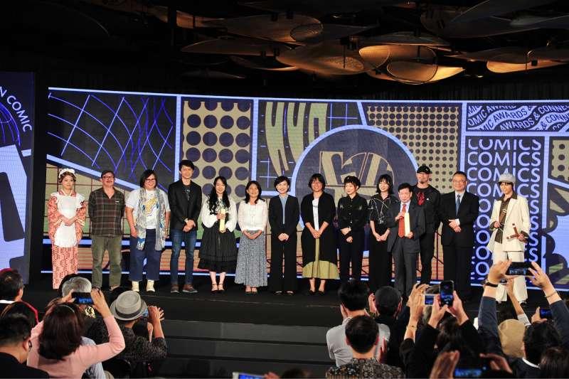 20190925-第十屆金漫獎頒獎典禮,所有獲獎者大合照。(文化部提供)