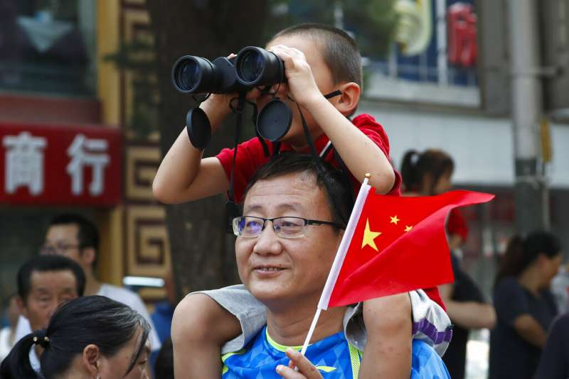 2019十一國慶大閱兵、中國兒童、少子化、二胎。(美聯社)
