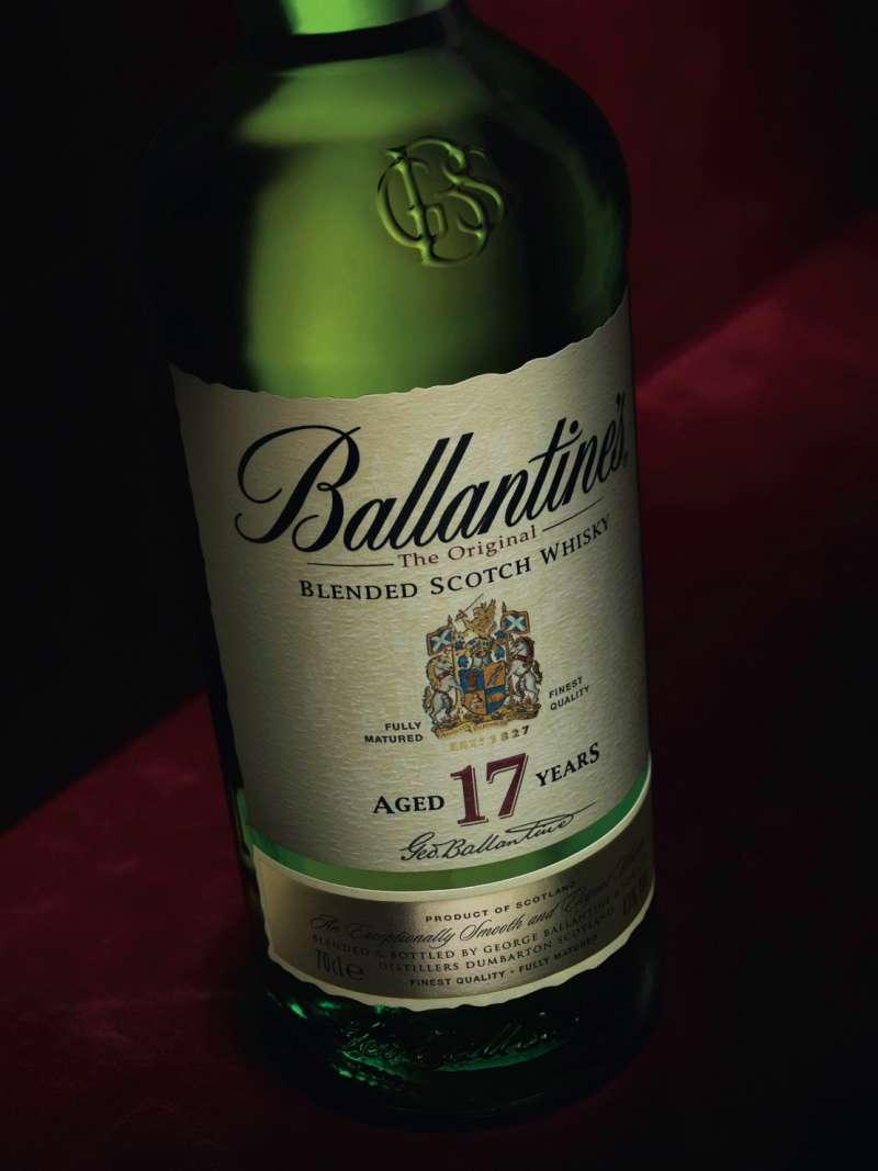 知名的調和式威士忌品牌之一:百齡罈17年。(圖/作者提供)