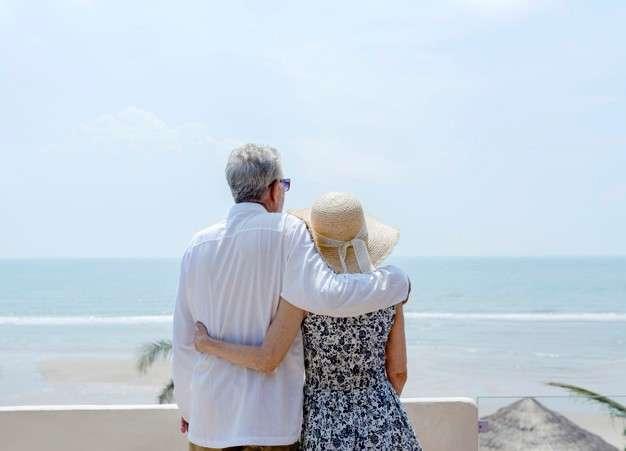 安養信託可預先規劃退休生活的財產管理方式,讓退休生活更有品質。(圖/freepik)