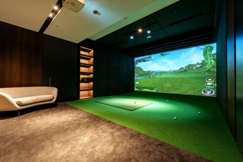 高爾夫模擬室(圖/三本建設 提供)