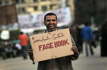 「Facebook,埃及人民感謝你」。(圖/mounir samuel)