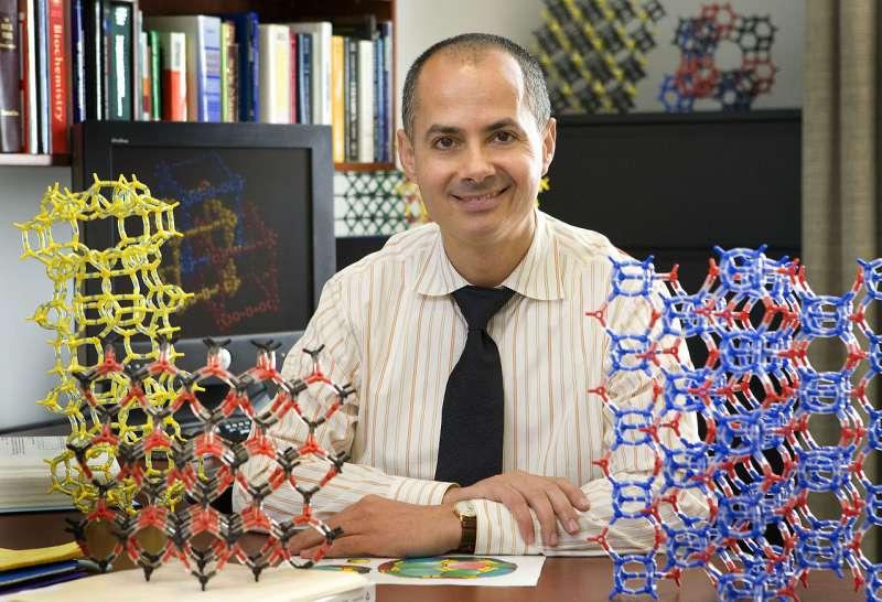 約旦裔美國化學家亞基(Omar M. Yaghi)( Boasap@Wikipedia/CC BY-SA 3.0)