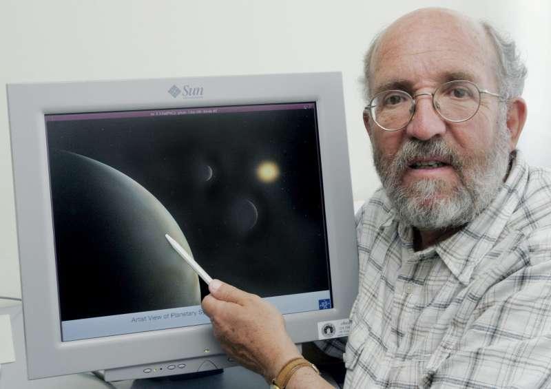 2019年諾貝爾物理學獎得主、瑞士天文學家麥耶。(AP)
