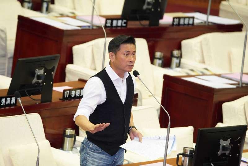 20191009-台北市議員戴錫欽質詢。(盧逸峰攝)