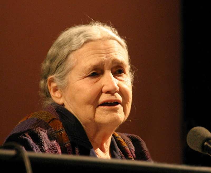 萊辛(Doris Lessing)為諾貝爾文學獎史上最年長的得主,同時也是第10位女性得主。(@wikipedia/CC BY-SA 3.0)
