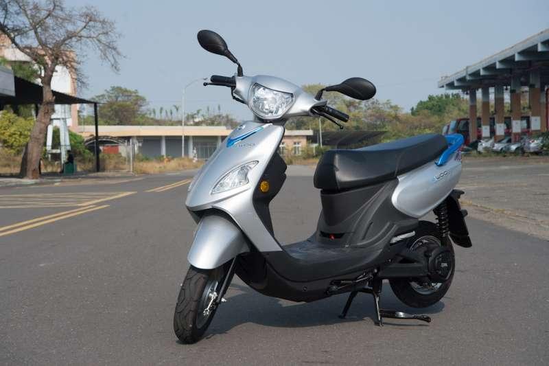 配合政府推動電動車政策,台灣中油將重質油再利用,研發快充高效的電池材料。(圖/台灣中油提供)