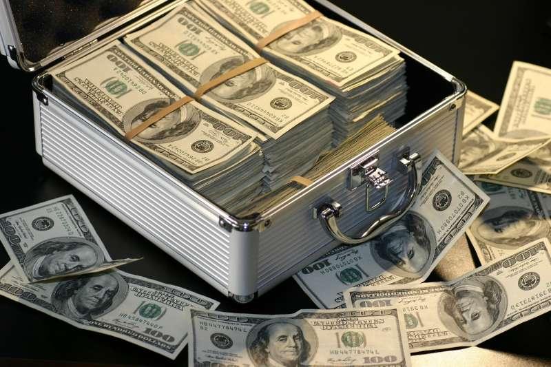 存錢,鈔票,示意圖。(取自pixabay)