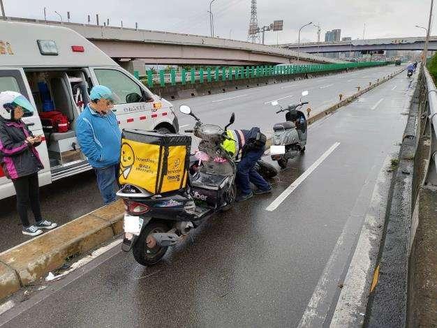 20191015-外送平台外送員交通事故頻傳,飲社會高度關注。(台北市政府提供)