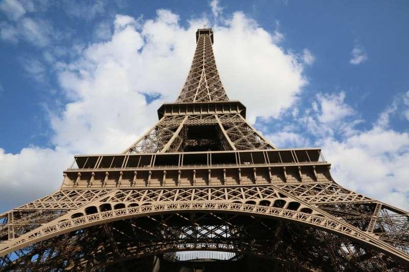 艾菲爾鐵塔。(圖/pixabay)
