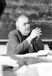 著有《影響的焦慮》、《西方正典》等巨著的文學評論家、耶魯大學教授哈洛.卜倫(Harold Bloom),14日在美國病逝,享壽89歲。(取自耶魯大學網站)