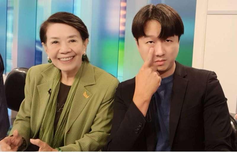 鄭佩芬(左)和李正皓(右)因為在政論節目批評韓國瑜,被國民黨黨紀處分。(李正皓臉書)