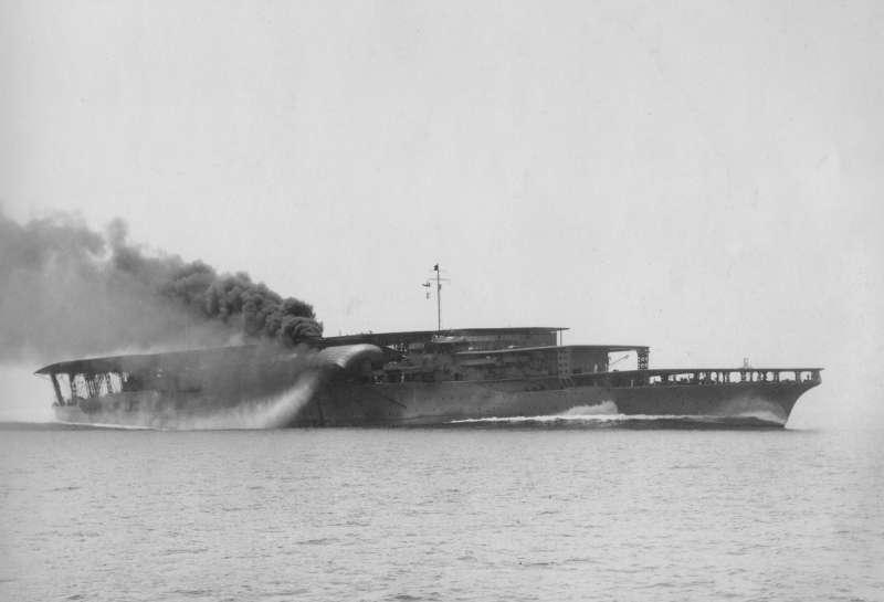 日本帝國海軍第1航空艦隊旗艦赤城號。(Public Domain@wikipedia)