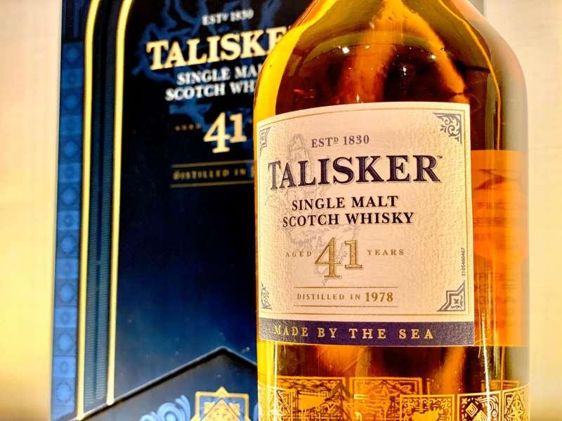 泰斯可41年,完全取用自1978年蒸餾後的酒液,扎扎實實在同一個橡木桶中待滿41年,是剛剛好為41年的單一麥芽威士忌。(圖/作者提供)