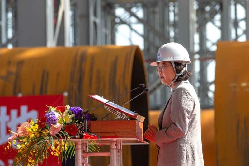 總統蔡英文將離岸風電發展視為任內重大政策。(總統府提供)