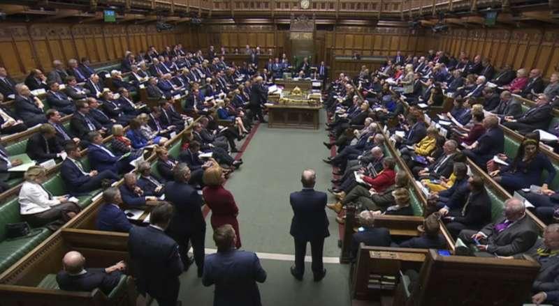 英國下議院雖然同意強森新版《退出協議》的原則,卻拒絕在3天內通過立法,脫歐勢必將延至萬聖節後。(AP)