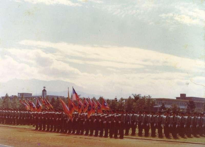 早期國防大學(中正)理工學院學生閱兵典禮(賈忠偉提供)