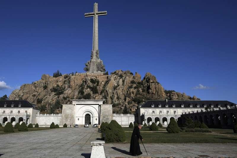「戰死者之谷」(Valle de los Caídos)教堂,西班牙獨裁者佛朗哥的墳墓就在這裡。(美聯社)
