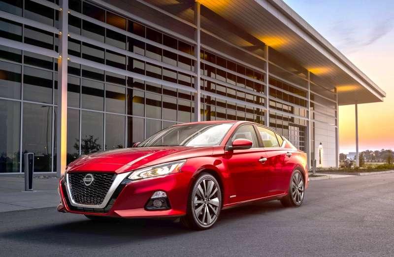 挑戰Camry的Nissan Altima在9月份亦達102輛新車掛牌。(圖/車訊網)