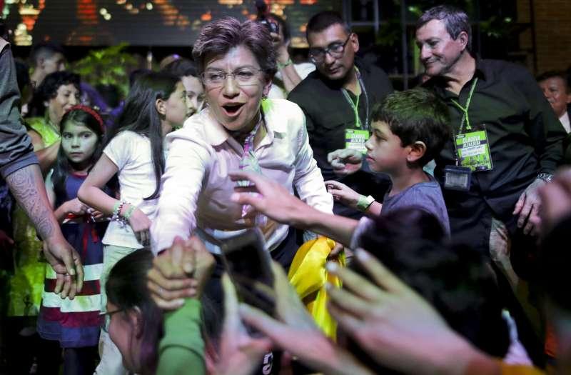 哥倫比亞前參議員羅培茲(Claudia Lopez)當選首都波哥大史上首位女市長。(AP)